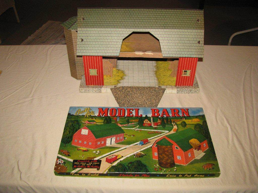 Paperboard toy barns